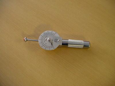 圧痛計(表面)-有限会社松宮医科精器製作所